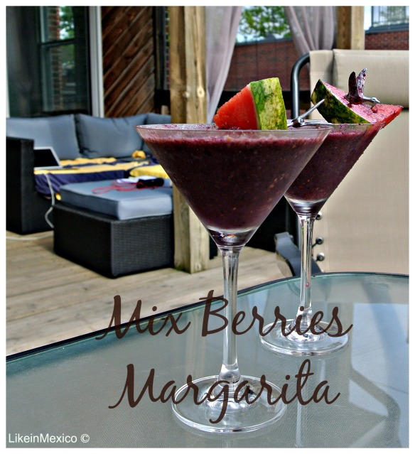 mix berries margarita via: @likeinmexico